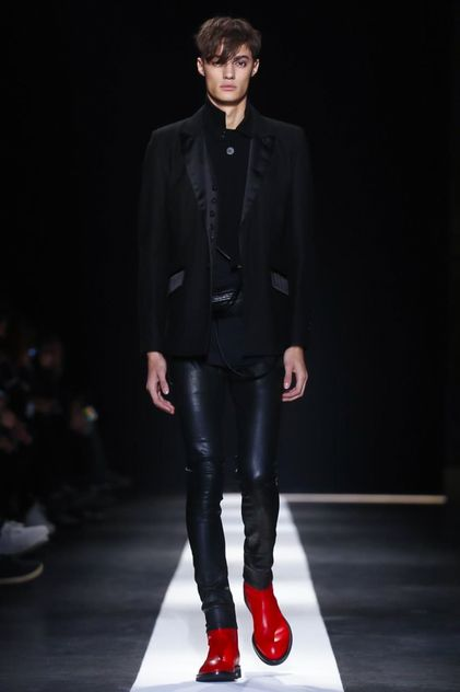 Ann Demeulemeester Menswear Fall Winter 2015 Paris2