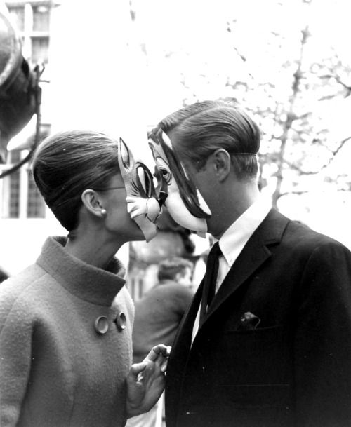 Audrey Hepburn and George Peppard on the set of Breakfast at Tiffany's