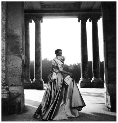 Wenda Parkinson in Dior. Clifford Coffin, 1948.